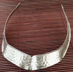 Conjunto Gargantilha & Bracelete. Prata
