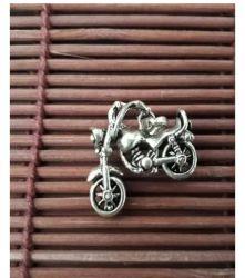 Pingente Motocicleta. Prata 925