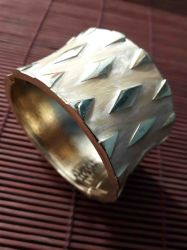 Bracelete Nila.  Ajustável